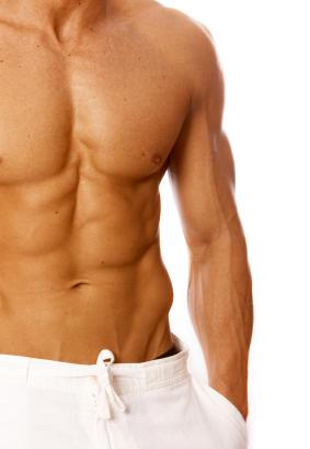 Ausformung weiblicher Brüste beim Mann operativ entfernen